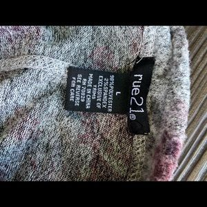 Rue21 Sweaters - Sweater shirt